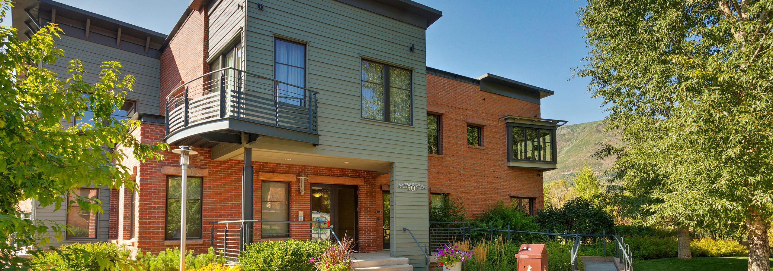 Obermeyer Place Condo Rentals