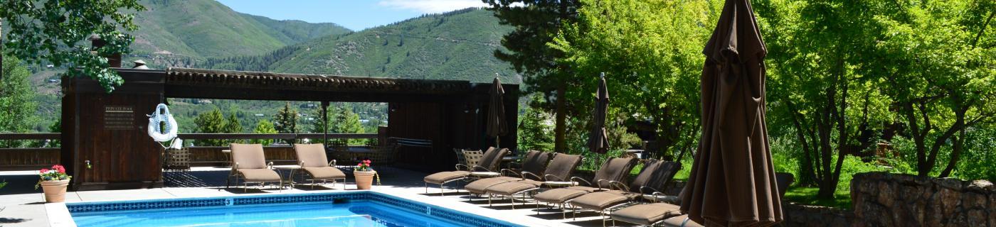 Aspen's Mountain Queen Pool and Patio
