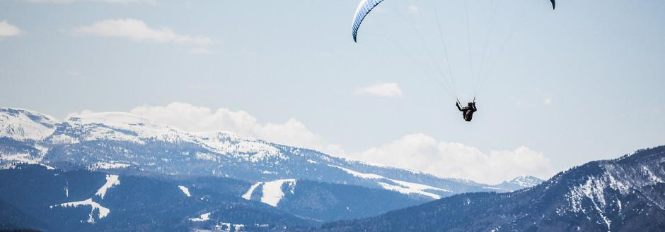 Paraglider in the winter