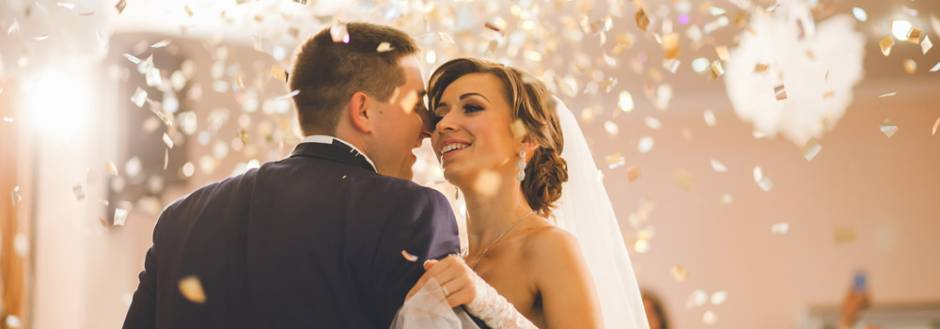 Experience the Beauty and Vintage Glam of an Aspen Wedding