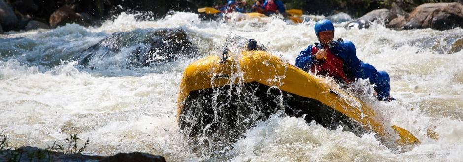 Whitewater rafting aspen summer activities