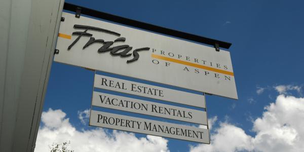 Frias Staff Spotlight: Julie Adams, Vacation Specialist