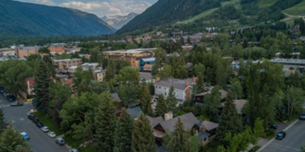 What draws homebuyers to Aspen?