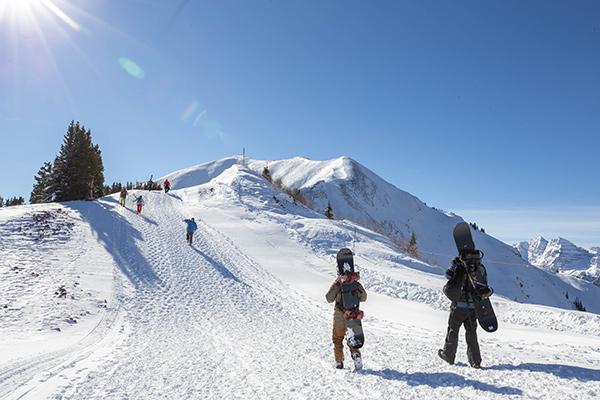 Aspen Highlands bowl hike
