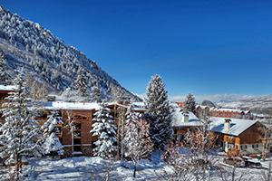 Condos close to the ski slopes Aspen