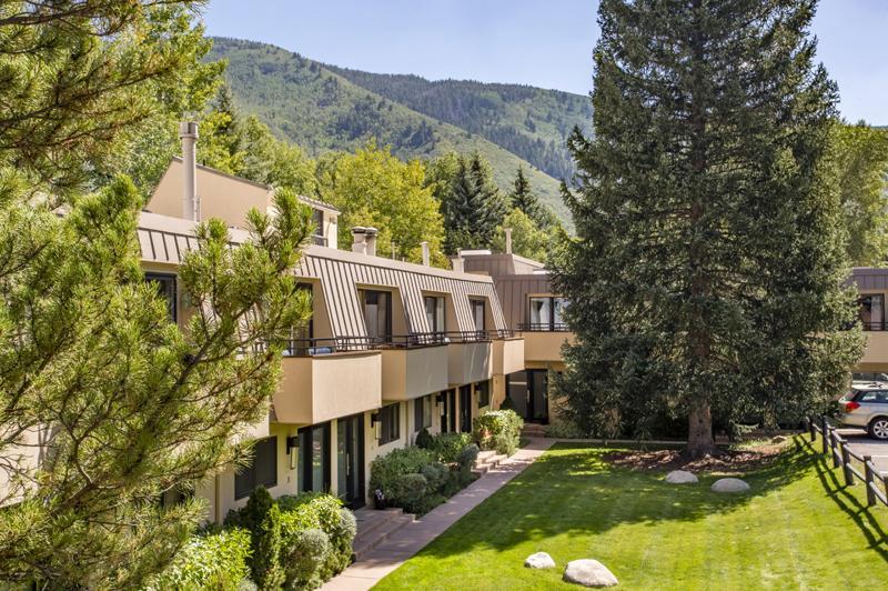 Aspen seasonal rentals