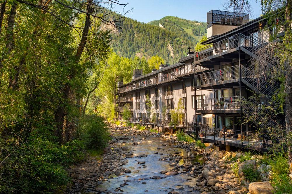 Aspen seasonal rentals on the river