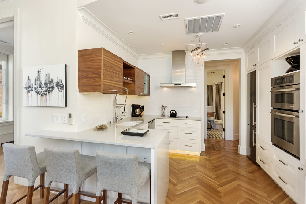 Independence Square Premier 1-BR Condo
