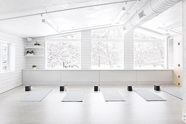 O2 Aspen Winter Yoga