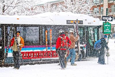 Free skier shuttles in Aspen