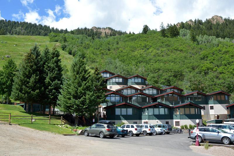 Shadow Mountain Condominiums Aspen
