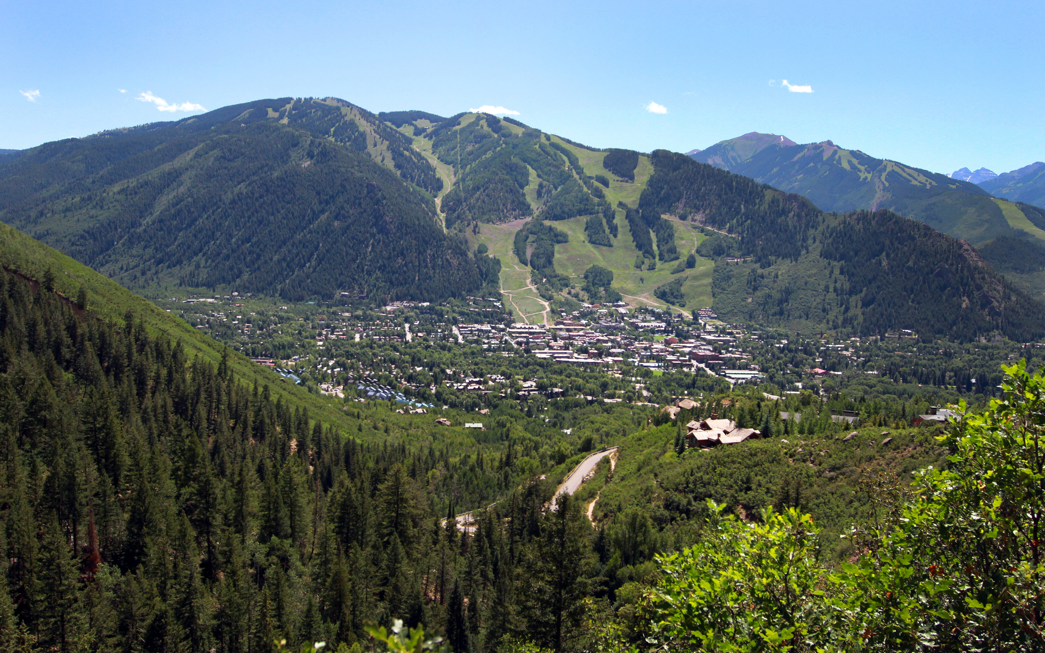 Aspen summer vacation tips know before you go frias for Planning colorado vacation